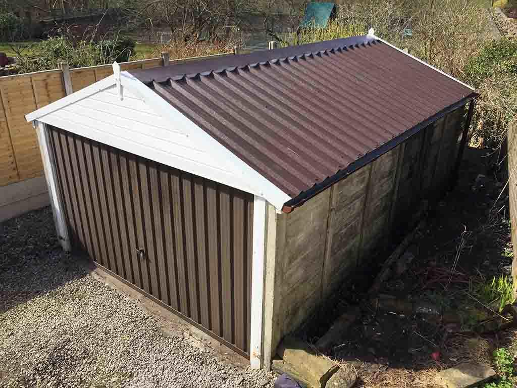 Apex Garage Roof in Rosewood