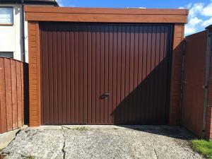 Gemini-Garage-Door-Oak-Fascia